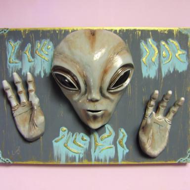 Инопланетянин на стену Пришелец в интерьере