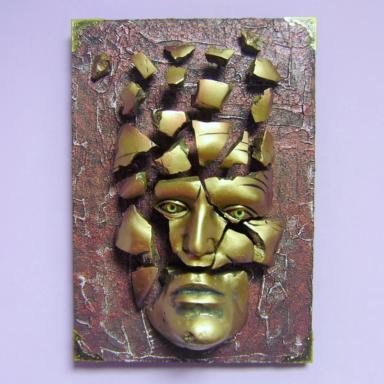 Скульптура настенная Собирай Себя По Кусочкам
